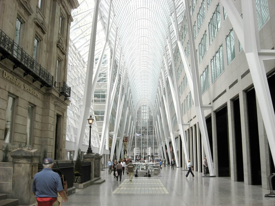 Brookfield Place Saks 5th avenue