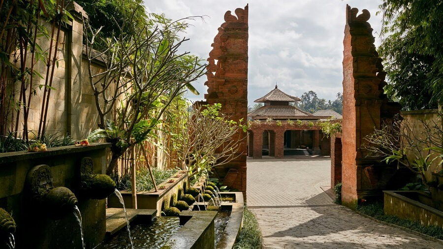 Entrance to the Mandapa Ritz Carlton Reserve luxury escapes