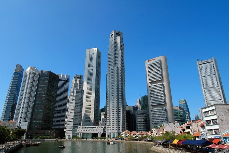 Investing in Singapore Luxury Property