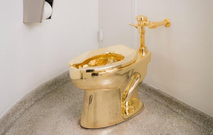 18 karat gold toilet