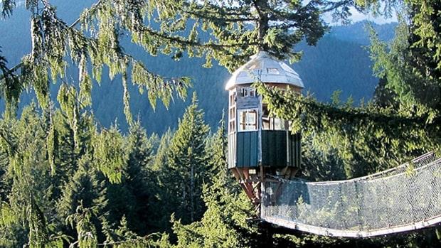 mj-618_348_cedar-creek-treehouse-mt-rainier-washington-way-off-the-grid-lodges