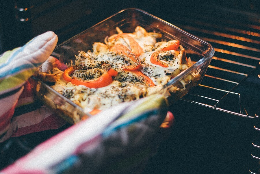 Cooking in a luxury oven