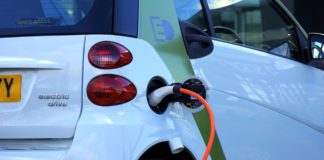 electric cars, electric vehicles, battery-powered cars,