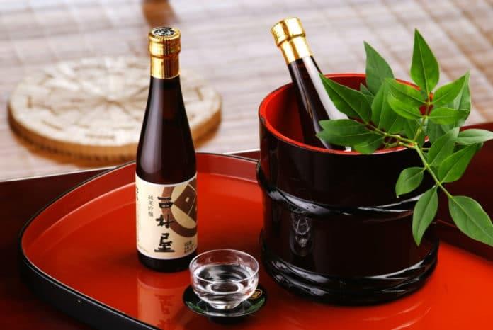 Sake, Japan, liquor, warm spirits, cocktails, alcohol, sake drinks, best brands of sake, best japanese drinks,