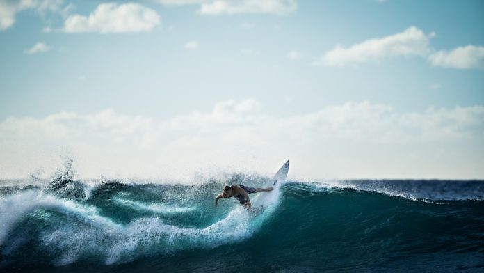 science of surfing, science behind surfing, physics of surfing, what vertical forces act on a surfer, physics behind surfing