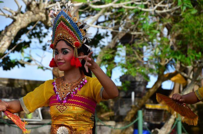Bali culture, culture of Bali island, Balinese culture and traditions, Balinese traditions, Balinese customs and beliefs.