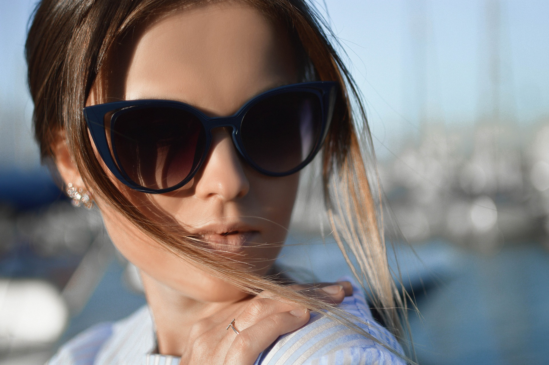 34f2f6d8834 The Best Designer Sunglasses for Men   Women Who Love to Stand Out