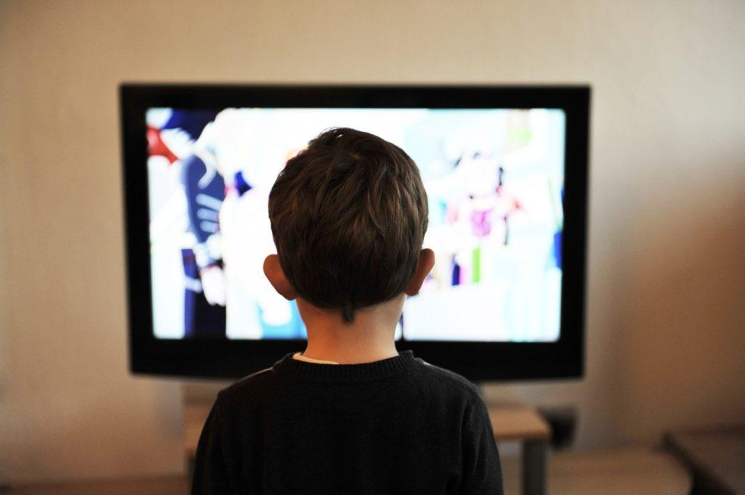 smart tv functions, smart tv benefits, smart tv, what is a smart tv, smart tvs, black friday 4k tv deals, tv with roku built in, benefits of smart tv, advantages of smart tv, what is a smart tv, smart tv, what's a smart tv,