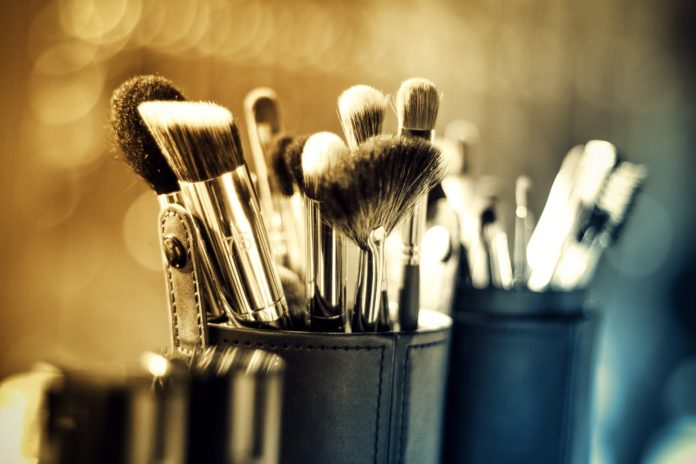 Makeup brushes, makeup, brushes, top makeup brushes, high-end makeup brushes, bobbi brown, sigma