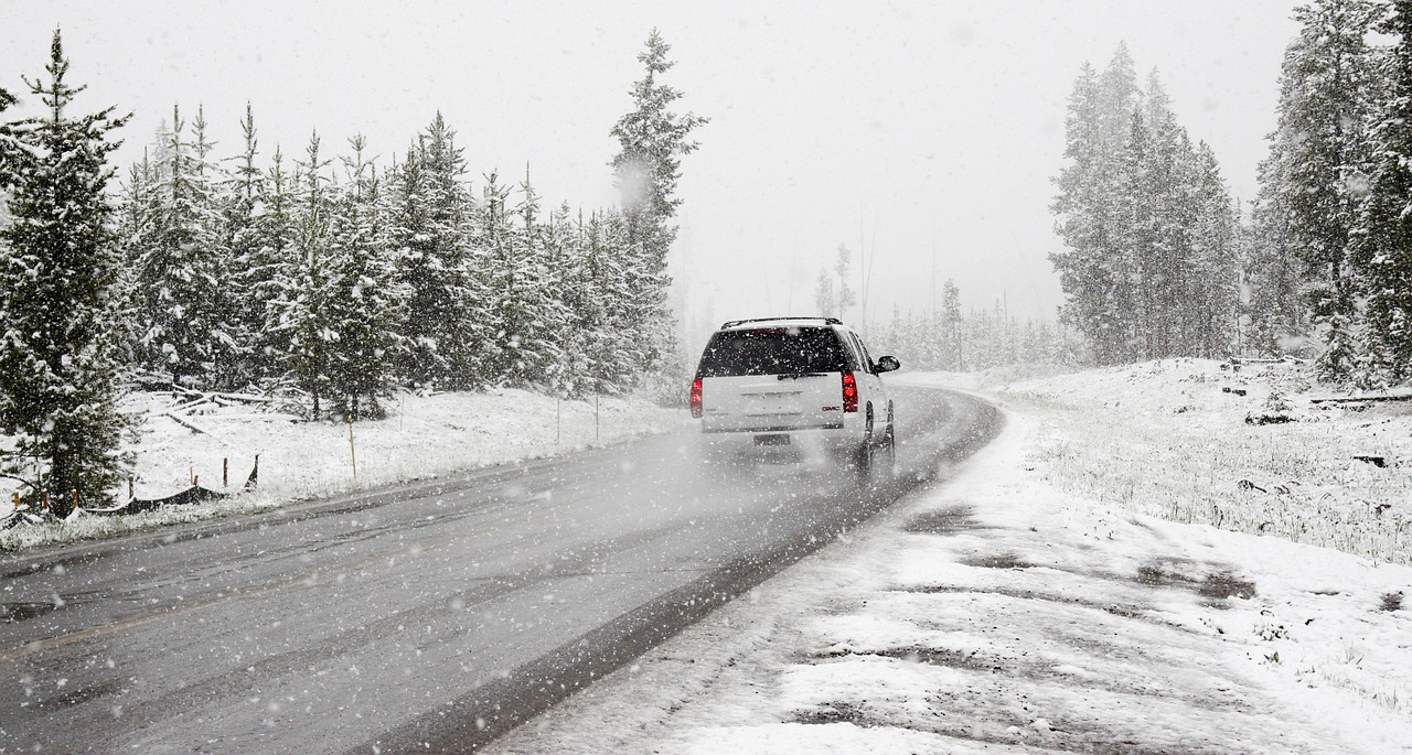 tips for driving in the snow, winterize your car, winterize car, winterize, how to winterize your car
