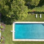 martha's vineyard, jackie kennedy onassis, real estate overview, pool, main house