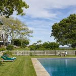 martha's vineyard, jackie kennedy onassis, real estate overview, pool, main house, guest house